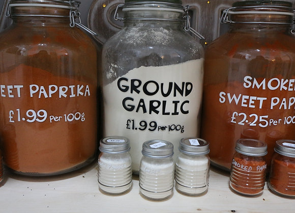 Ground Garlic per 100g
