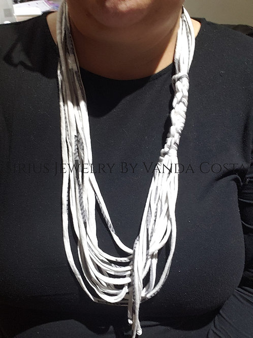 T-ShirtNecklace