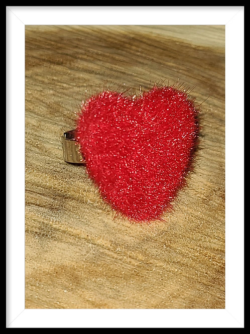 Adjustable furry heart ring