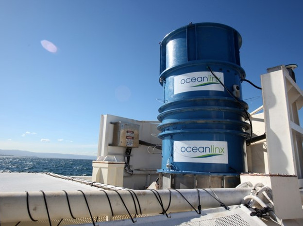 2010 - 2nd generation turbine onboard blueWAVE™ scale test device