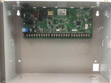 XR550 Alarm Panel.jpg