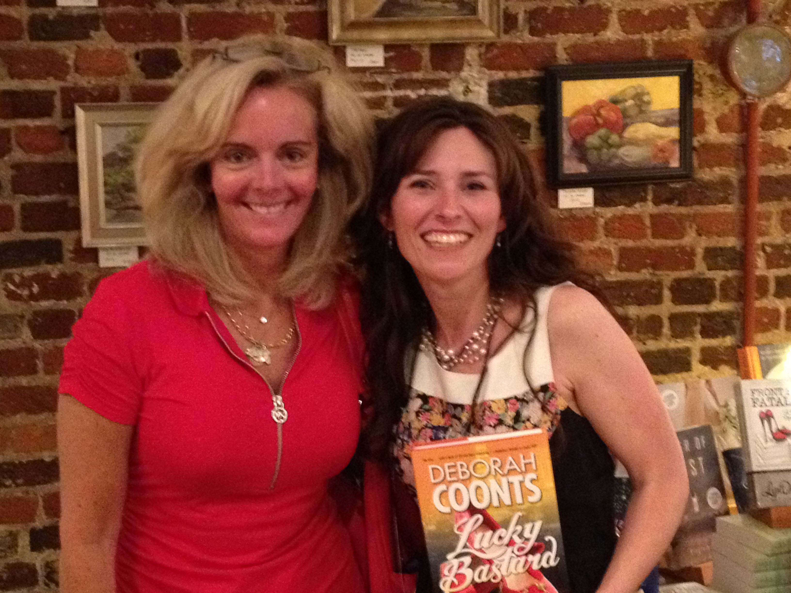 mystery writer Deborah Coontz