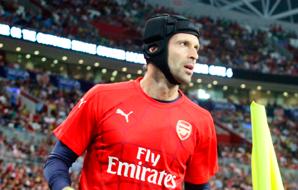 Aquecimento Petr Cech