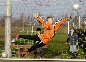 Artigo: Desenvolvimento da força rápida e da agilidade em goleiros de futebol de campo: em crianças