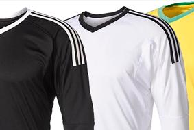 Adidas aposta em camisas básicas