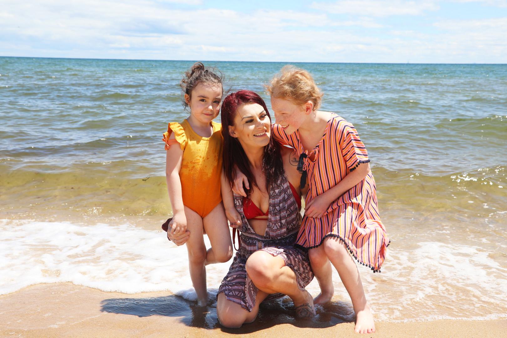Tara's Family Mini Beach Photoshoot