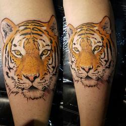 julien-eat-your-bones-tattoo-saintes-valere-tattoo-14