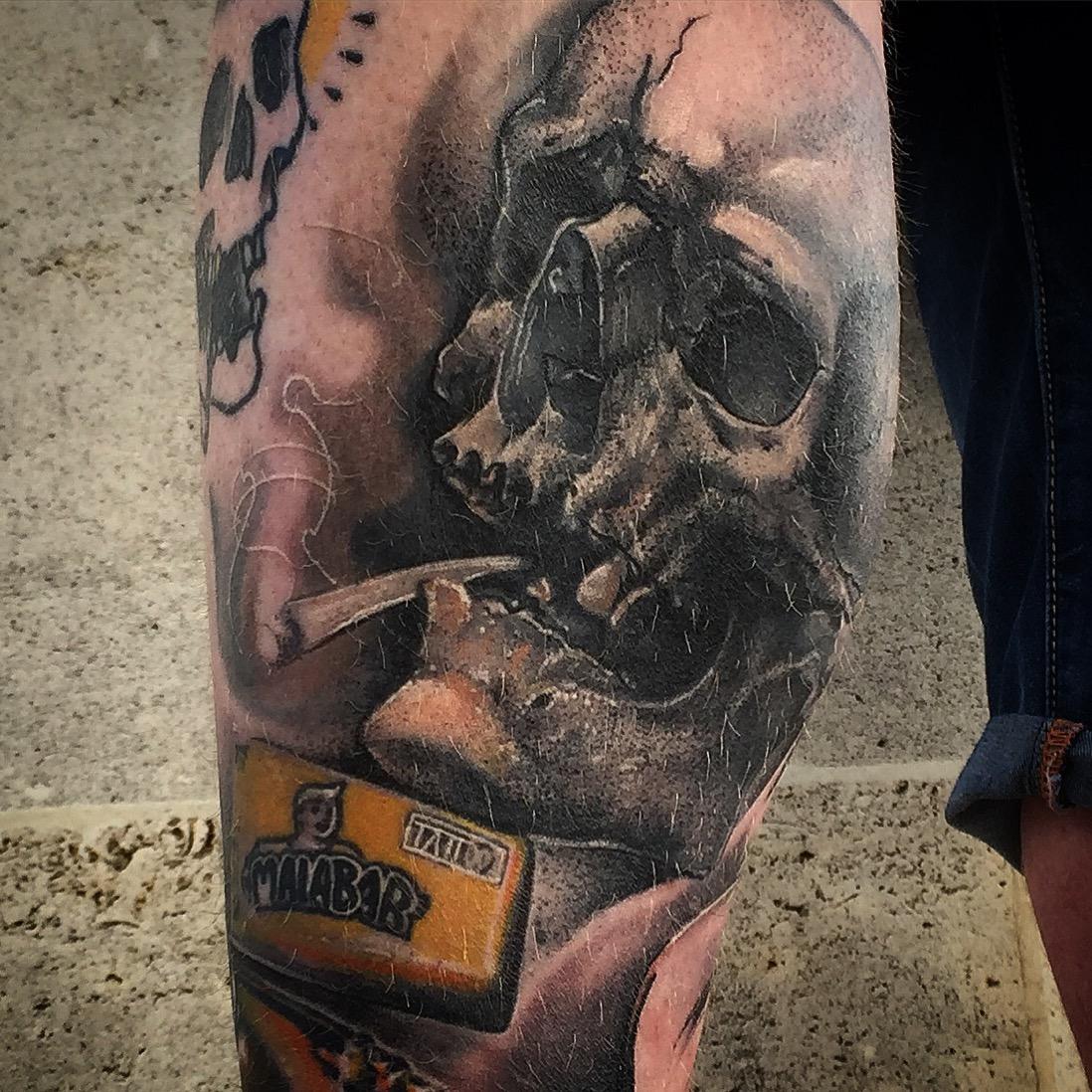 Book De Valere Tattoo Body Piercing Angouleme Cognac Et Saintes