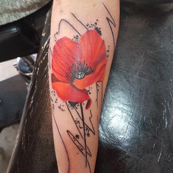 julien-eat-your-bones-tattoo-saintes-valere-tattoo-20