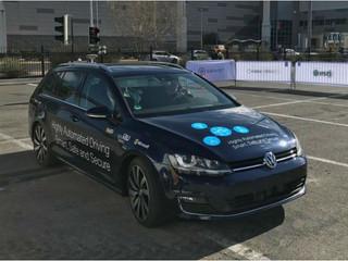 Microsoft e Toyota firmam acordo para impulsionar carros conectados.