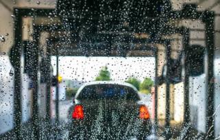 Hackers podem controlar um lava-rápido remotamente para destruir o seu carro