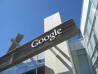 Google torna-se 1ª empresa estrangeira de Internet a lançar serviço em Cuba.