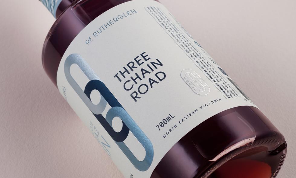 three-chain-road_shiraz-gin.jpg