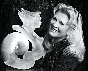 juli-sculpteur-17_edited.jpg