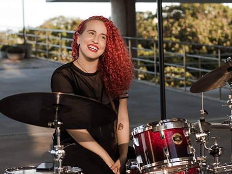 #livehihatgirls com Lorena Martins