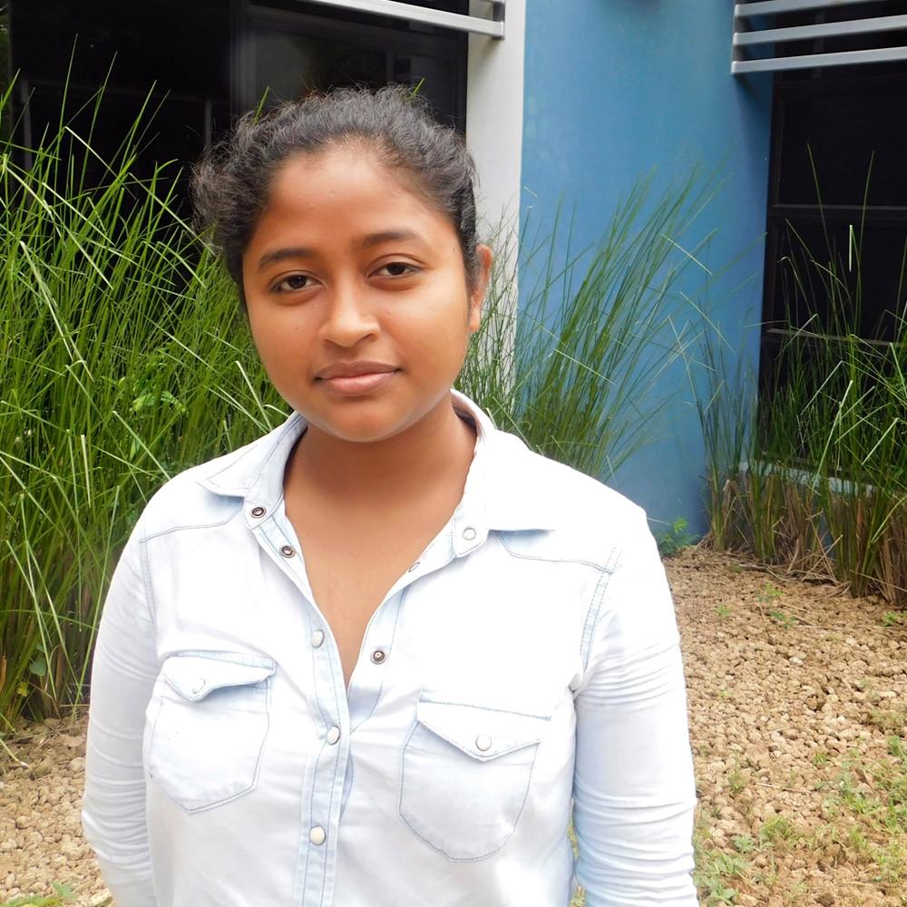 Ana Aguirre de Managua / 23 años