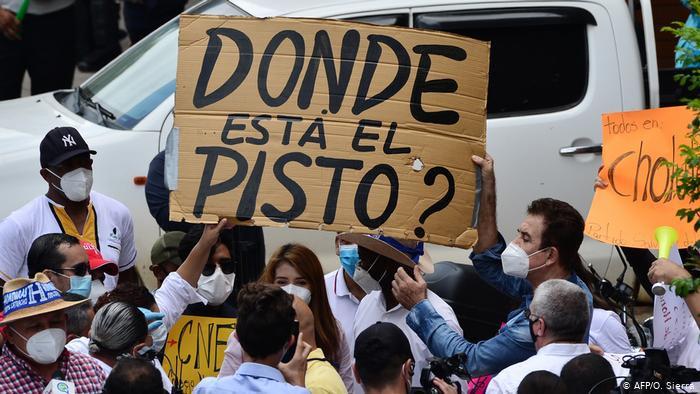 Del 16 de marzo al 22 de julio del 2020, la Oficina del Alto Comisionado de las Naciones Unidas para los Derechos Humanos (ACNUDH) en Honduras documentó 434 protestas en 72 municipios - Fotografía de AFP por Orlando Sierra