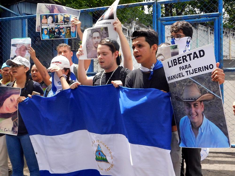 ¡Libertad para los presos políticos! - Fotografía de Jairo Videa
