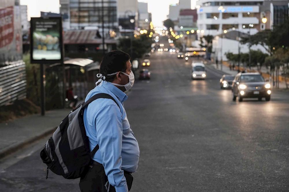 Hasta el 27 de agosto de 2020, Costa Rica reporta más de 36,000 casos de coronavirus, lo que ha afectado la estabilidad económica del país - Fotografía de EFE