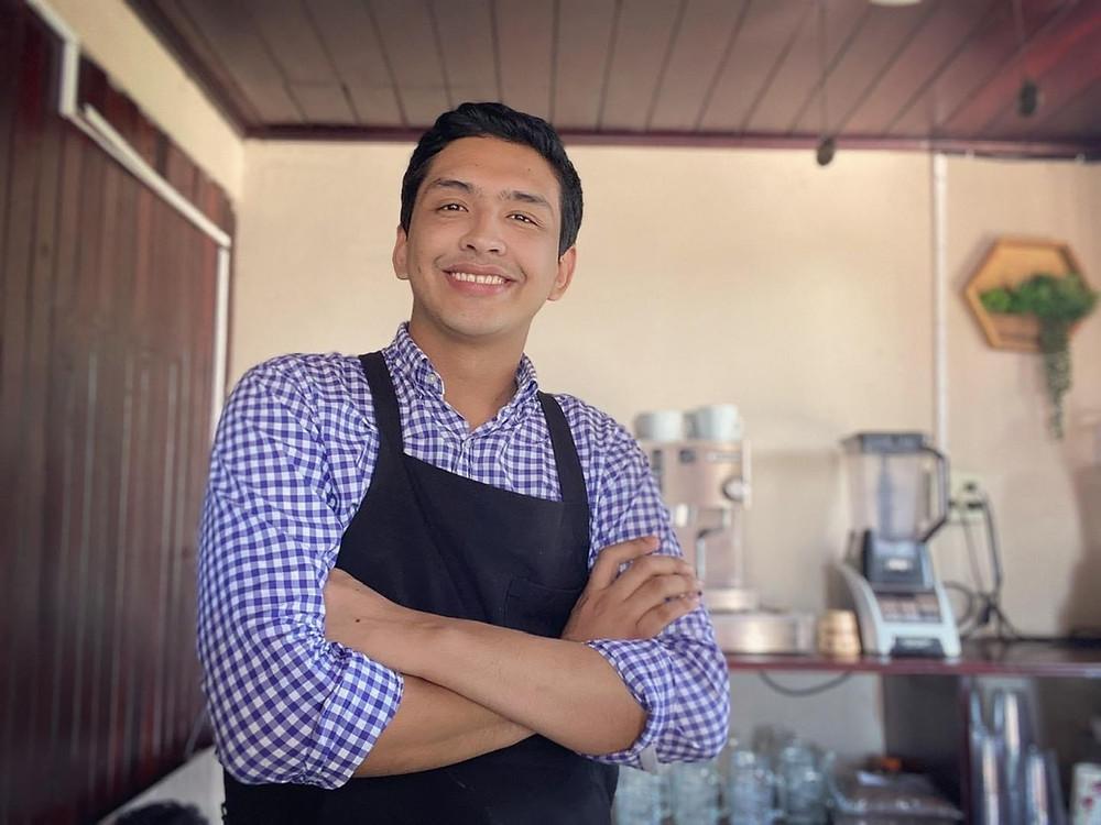 Elvis Chamorro, propietario de Tree Kafe - Fotografía cortesía
