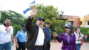 Soledad, familia y esoterismo: el lenguaje no verbal de la dictadura Ortega-Murillo en el 42/19