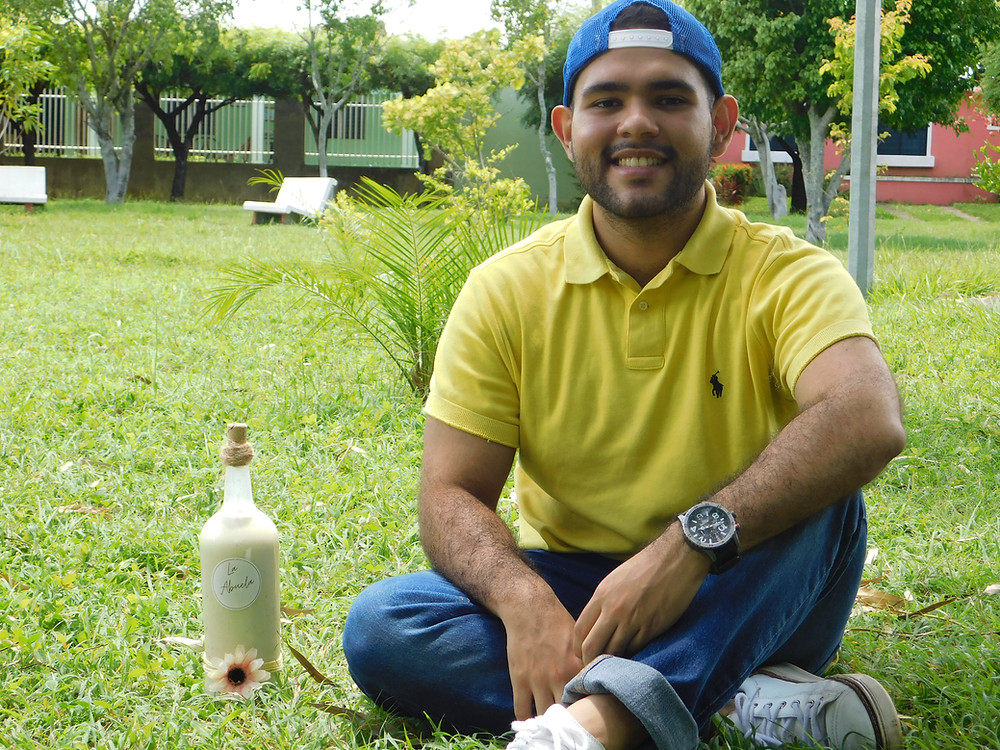 La Abuela es un producto creado por Gustavo, un chavalo emprendedor y apasionado por las libertades públicas - Fotografía de Coyuntura por Jairo Videa