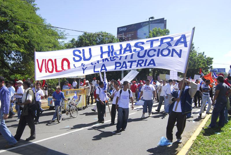 Protesta en contra de Daniel Ortega (La Prensa)