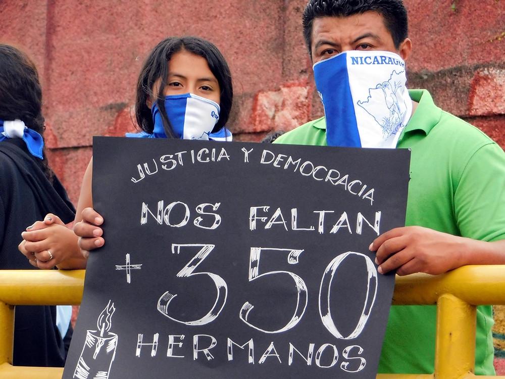 """""""Nos falta más de 350 hermanos"""" - Fotografía de Jairo Videa"""