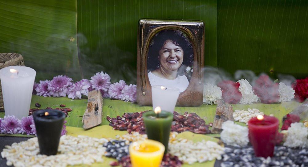 La familia de Berta Cáceres, y muchos sectores y organizaciones de Honduras, consideran que la sentencia del Tribunal no hace justicia ante el asesinato