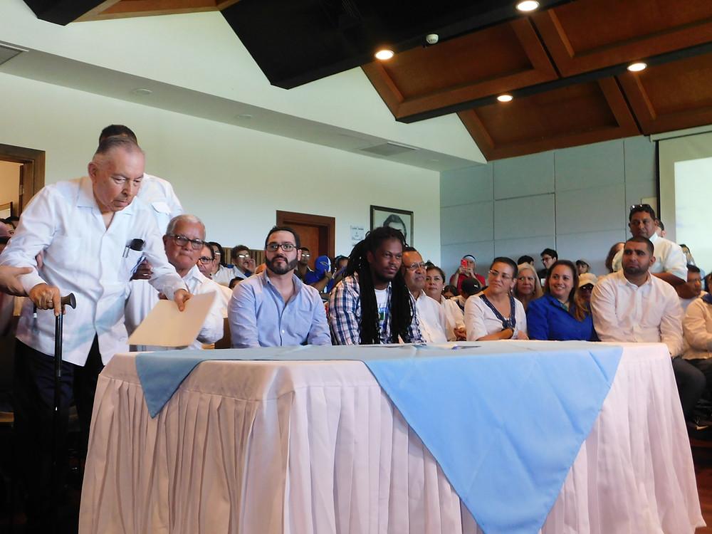 Representantes de las organizaciones firmantes en el lanzamiento de la Coalición Nacional - Fotografía de Coyuntura por Deedrik Flores