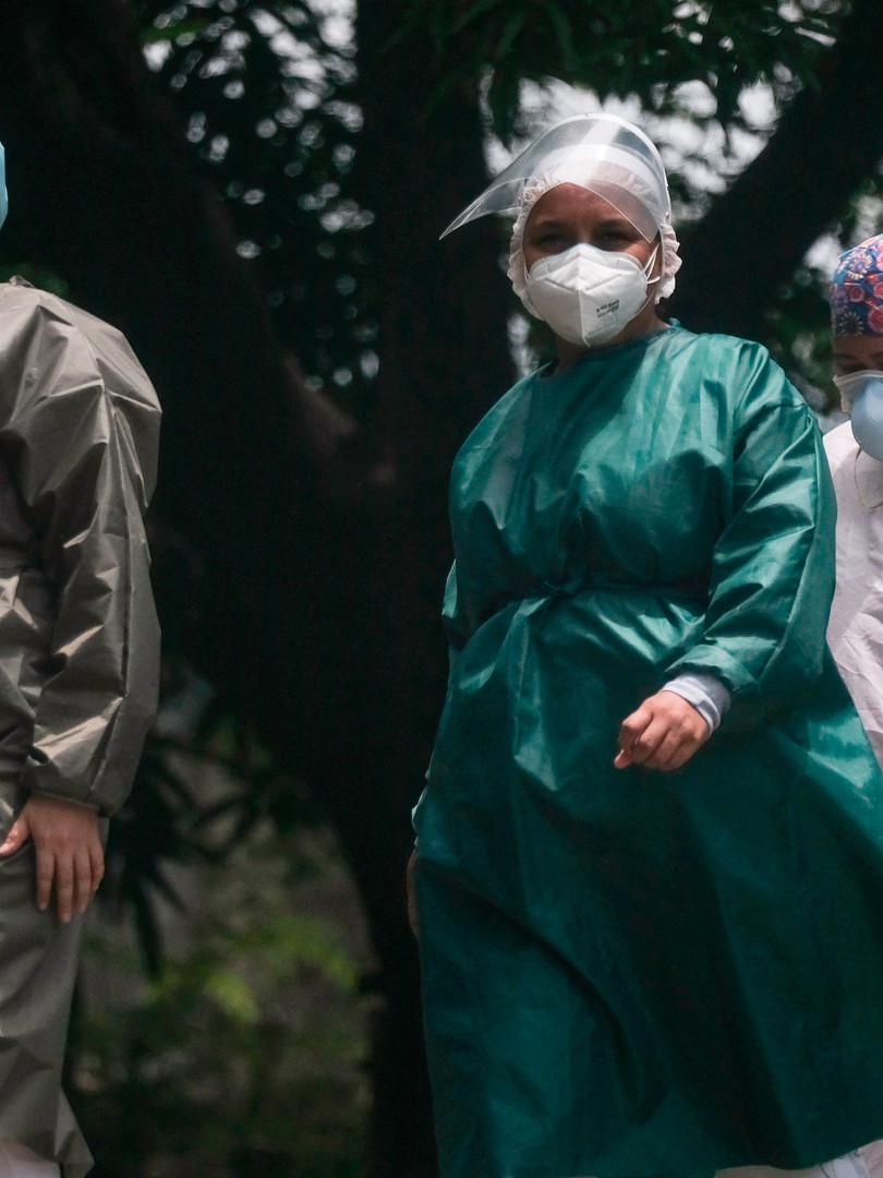 Sector salud de Nicaragua: el blanco de dos crisis