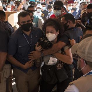 Más de 80 agresiones a periodistas durante las elecciones en El Salvador
