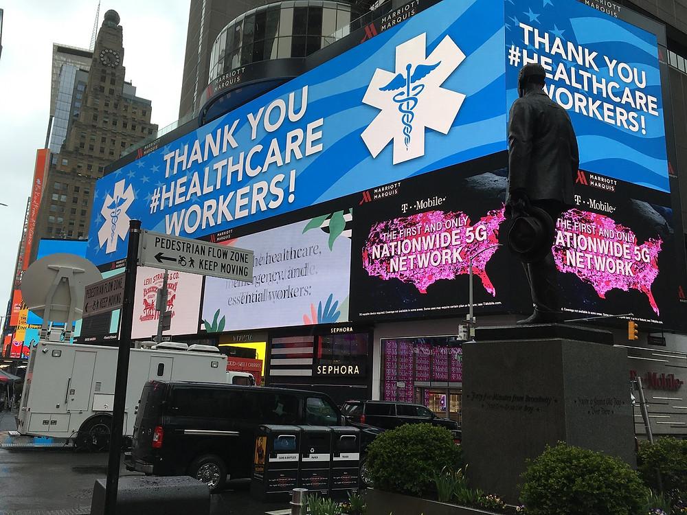 La ciudad de Nueva York agradece a las y los trabajadores de la salud por su trabajo - Fotografía de No Ficción por Sergio Palencia