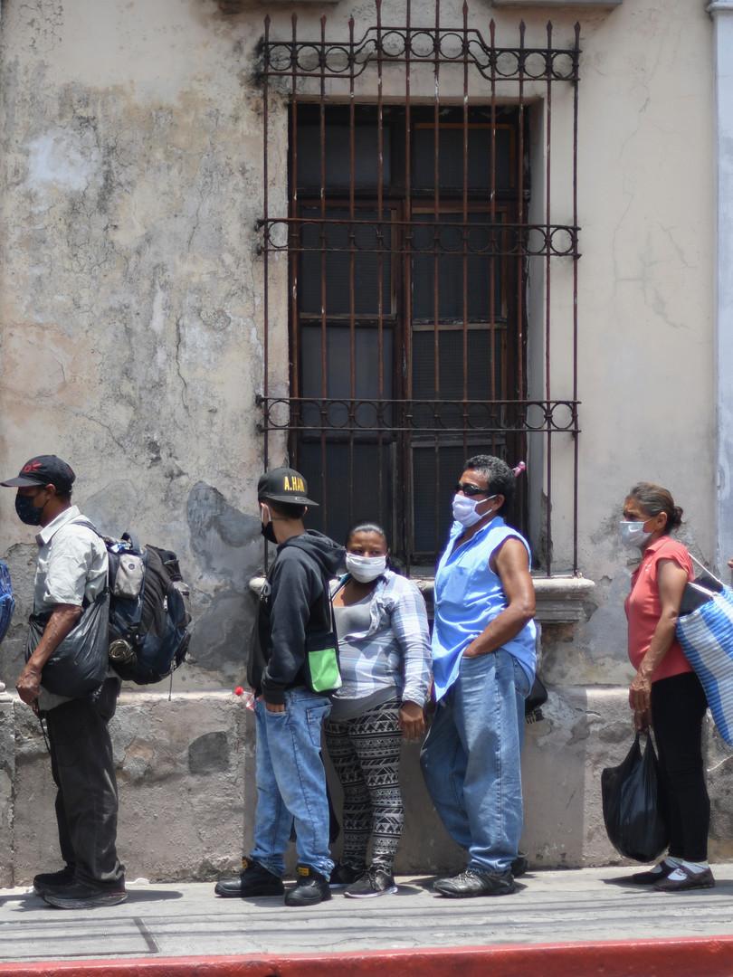 Una Guatemala en caída libre