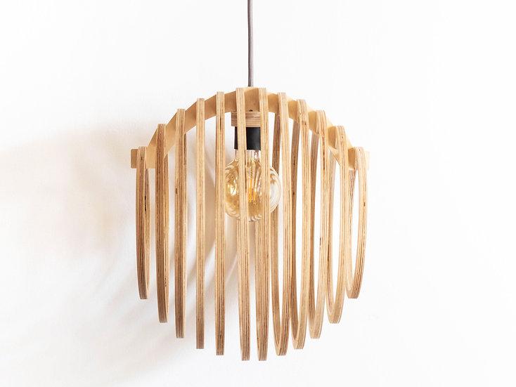 Lustra din lemn in forma de Cerc