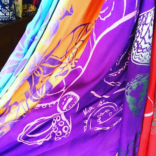 Pua Kalaunu, He'e, Paakai, Opihi, and Pūpū #kupuaemolokai#oneofakind#wearableart#pareo#summerlovin#