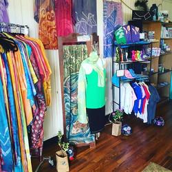 Kupu A'e Shop open till 2pm #kupuaemolokai#100%silk#batik#oneofakind#wearableart#holomuajunction#sup