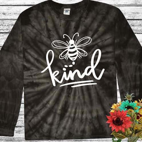 Graphic Tie Dye TEE Long Sleeve Be Kind Spider Black