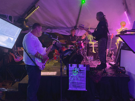 Glenn Hagen Trio performS at the Haunted Trail of Terror