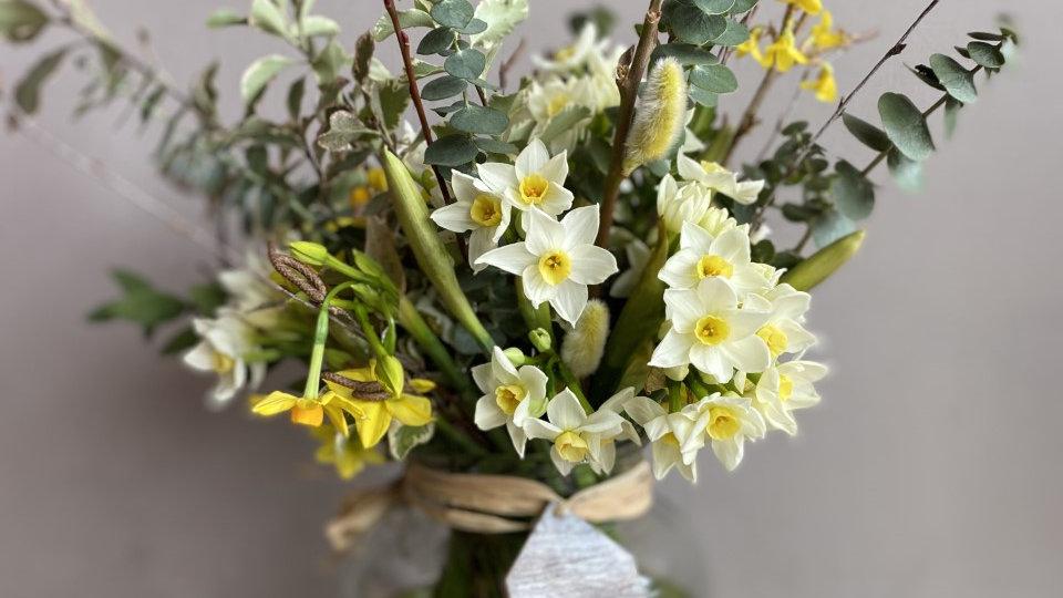 Small Seasonal Posy Vase