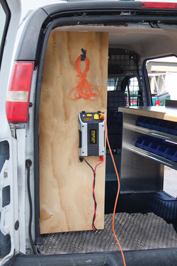 PC1000S_van_back_door