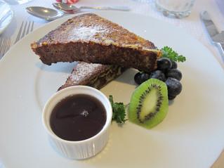 【チョコレート・バナナ・フレンチトースト】今朝のチョイス