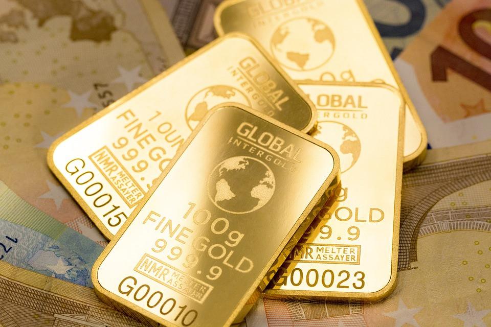 investasi emas. minim risiko, inflasi, resesi