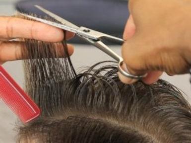 Chris-Vaughn-Pompadour-Haircut-2-shear-w