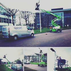 Articulating boom lifts are ideal for bo