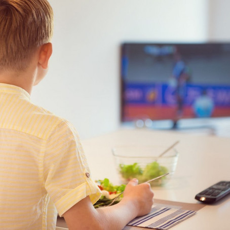 Kids Adopt healthy eating habits through TV cooking shows