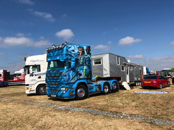 Presision driving, trucks, 2