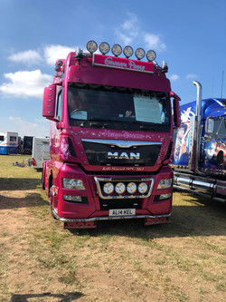 Presision driving, trucks, 4