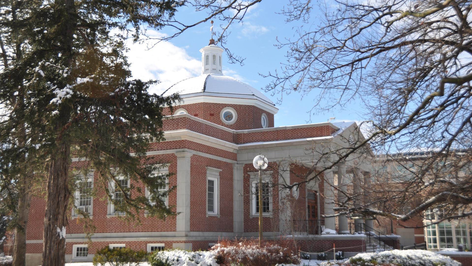 Truman - Kirk Memorial in the snow.JPG