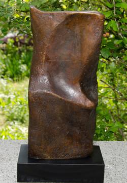 Form's Flow-Bronze